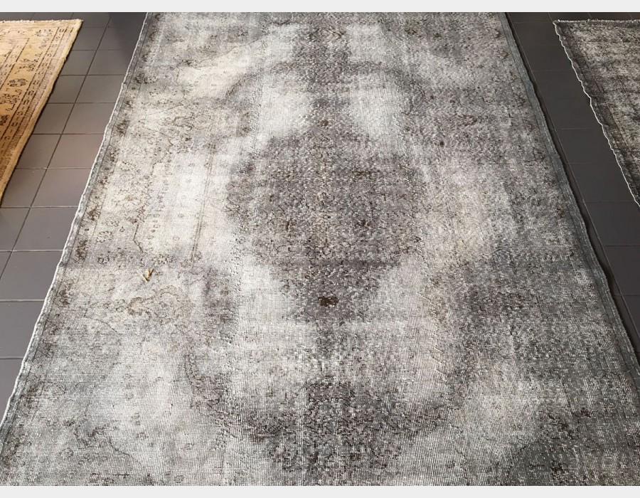 Tappeto Grigio : Tappeto orientale artigianale grigio scuro